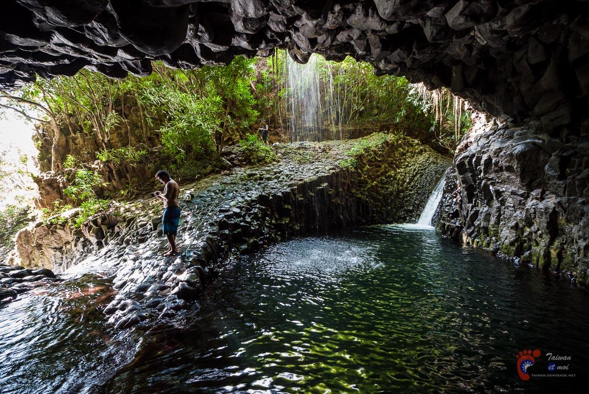 Au dessus de la cascade de Fautaua - Tahiti